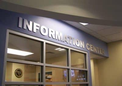 Mtn Lair Info Desk 010